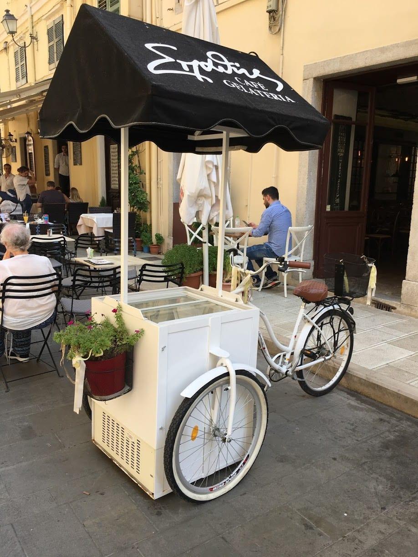 Hyra-glass-cykel-vagn